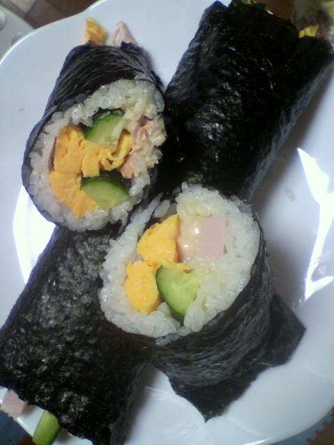巻き寿司完成っ(^<br />  ▽^)/