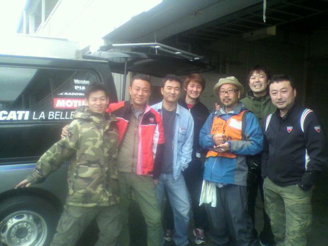 岡山サーキットに集合したラベレッツアスピードメンバー
