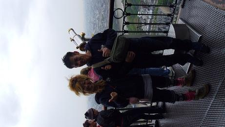 エッフル塔での記念撮影