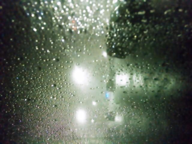 大雨大雷やばすぎる