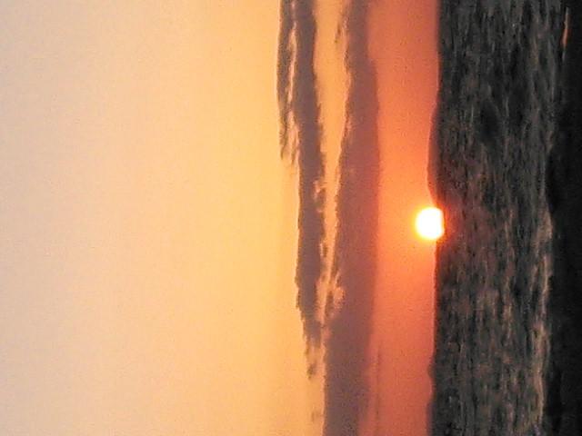 夕日がきれいなビーチ